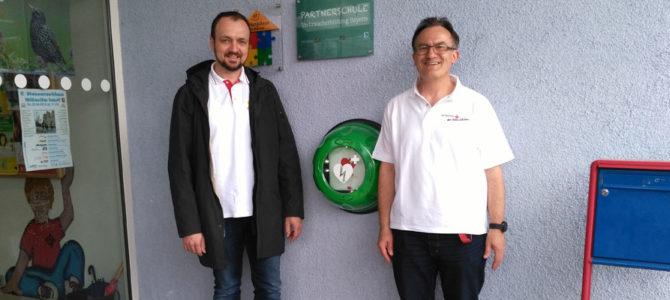 Defibrillator ist einsatzbereit